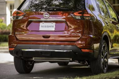 2019 Nissan Rogue_rear_right