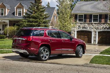 2019 GMC-Acadia-Denali_Rear_right
